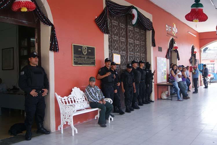 Acusan pobladores de Juan Galindo que policías protegen a delincuentes