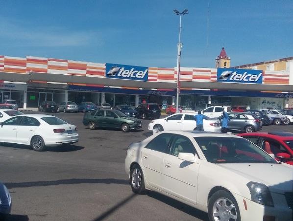 Grupo armado asalta Telcel de Soriana La Providencia