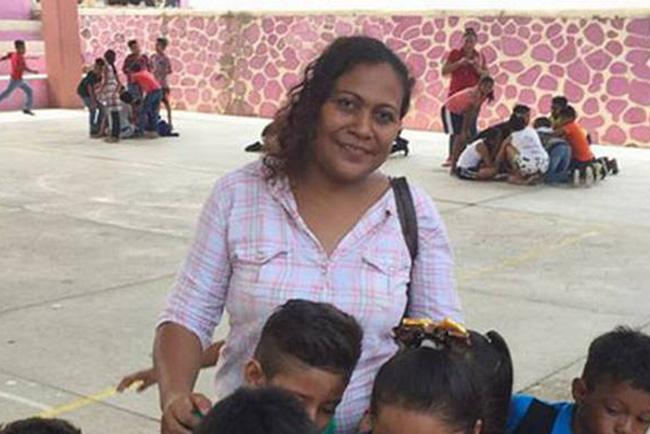 Matan a tiros a alcaldesa y a un funcionario en Oaxaca