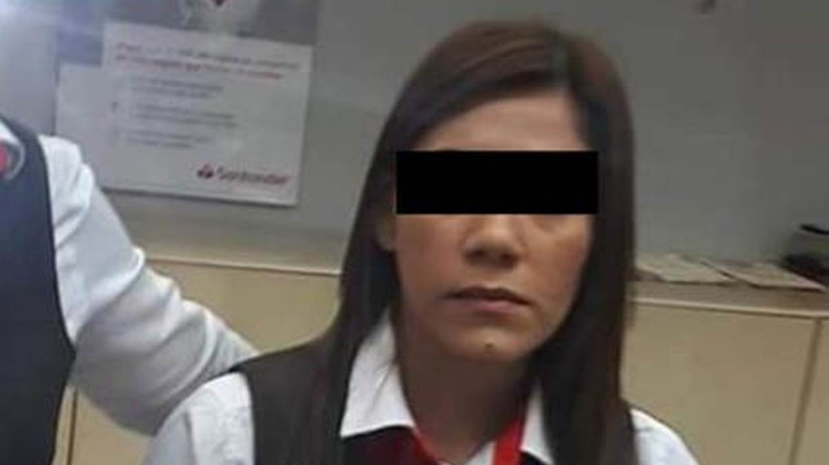 Cajera de Santander no dio pitazo a ladrones en Veracruz