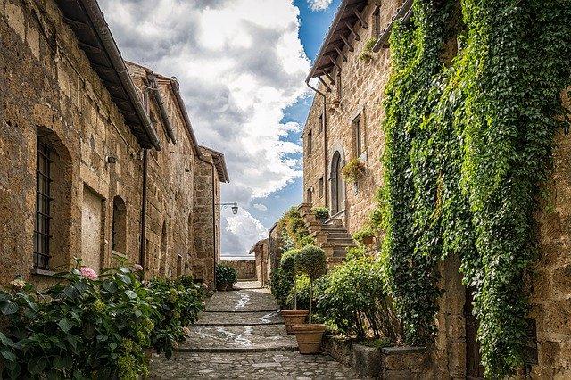 Si quieres vivir en Italia, podrían pagarte por hacerlo