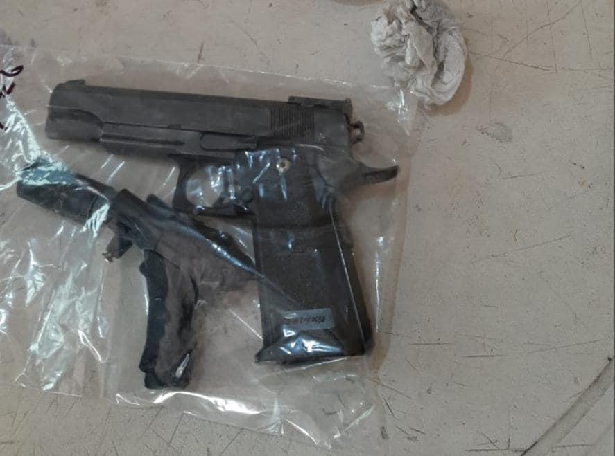 Detienen a 4 jóvenes con droga y armas en Izúcar