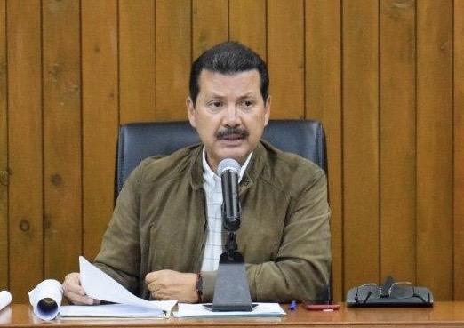 Edil de San Pedro Cholula mantiene su salario y anuncia despidos