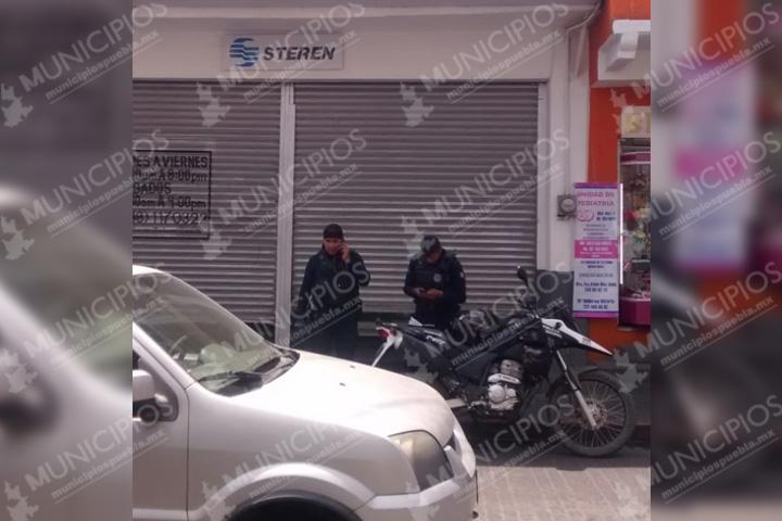 Roban tienda en Texmelucan y lesionan a trabajador