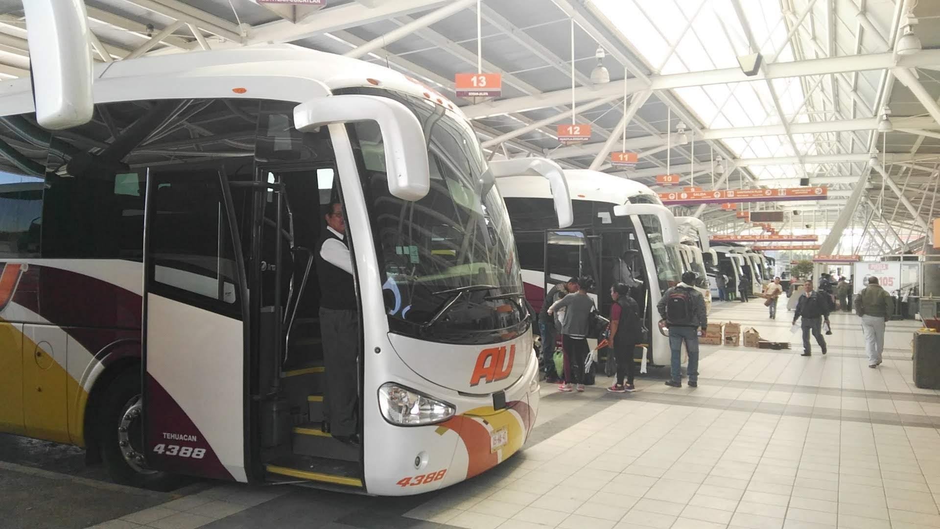 Cancelan corridas de autobuses hasta 75% por Covid-19 en Tehuacán