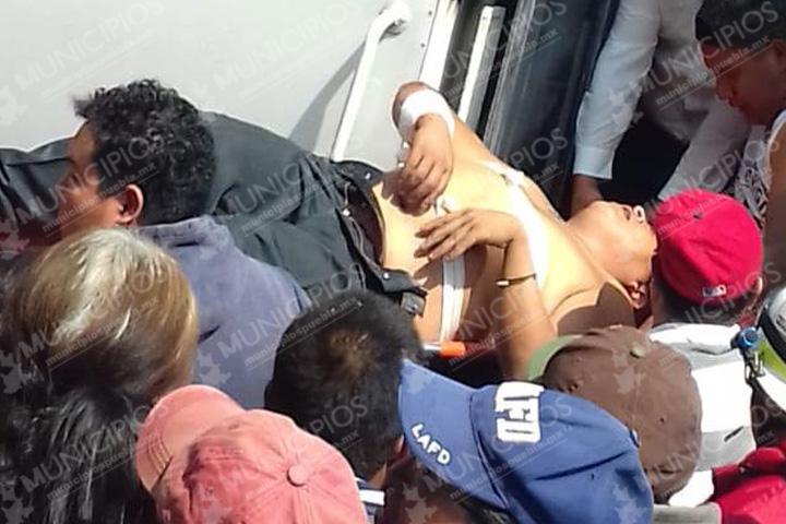 En intento de asalto balean a chófer en Xalmimilulco