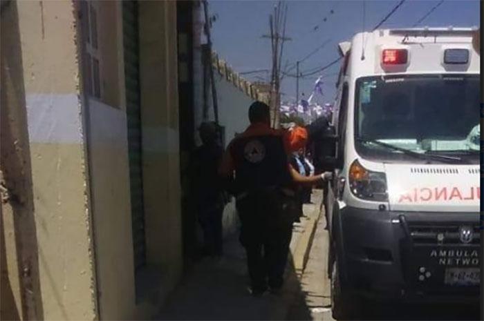 Por balacera muere mujer y suspenden clases en Tlacotepec