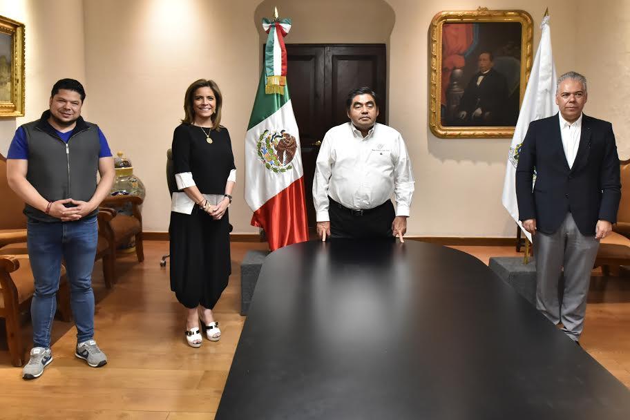Se reúne Barbosa con líder del Consejo Coordinador Empresarial