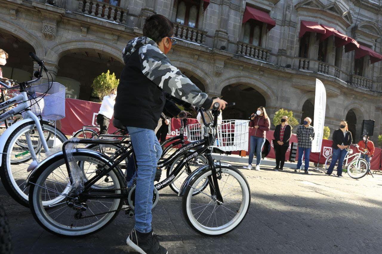 Inicia ayuntamiento de Puebla Bici-Tour con la compra de 100 bicis