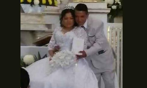Novia que perdió su vestido en un AU por fin se casa en El Seco