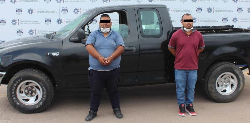 Los detienen en bulevar Hermanos Serdán con camioneta robada