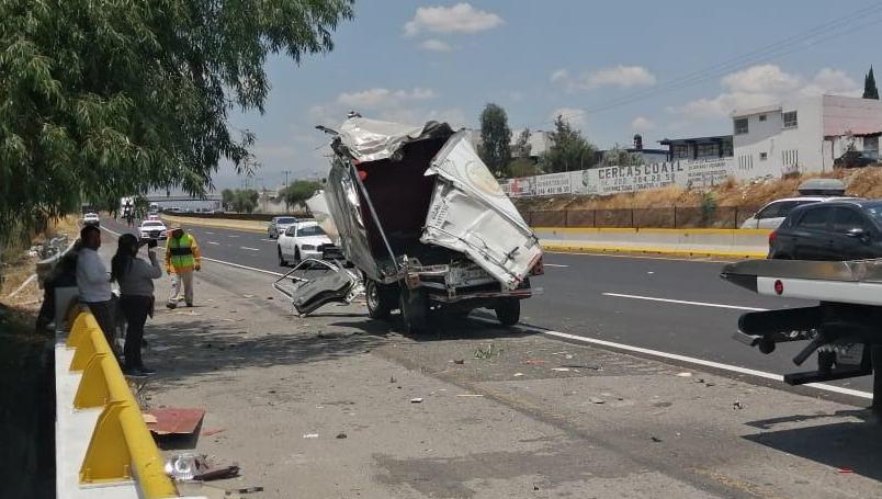 Volcadura en la México-Puebla deja cuatro lesionados a la altura de Texmelucan
