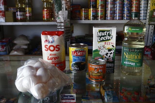 Encarecen azúcar, huevo y maíz en la Sierra Norte en crisis por Covid-19