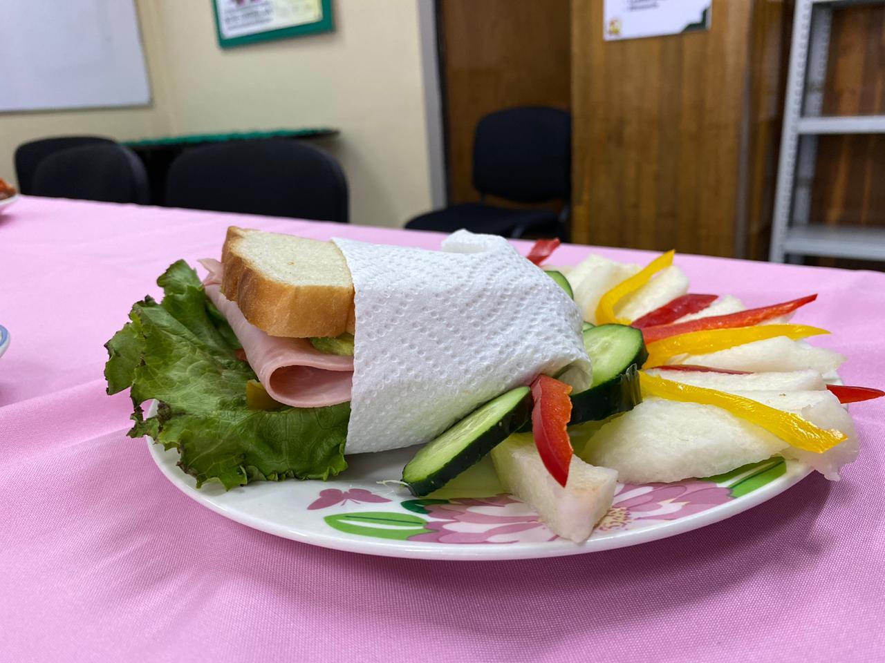 Para tener un peso ideal se requieren tres comidas al día: IMSS