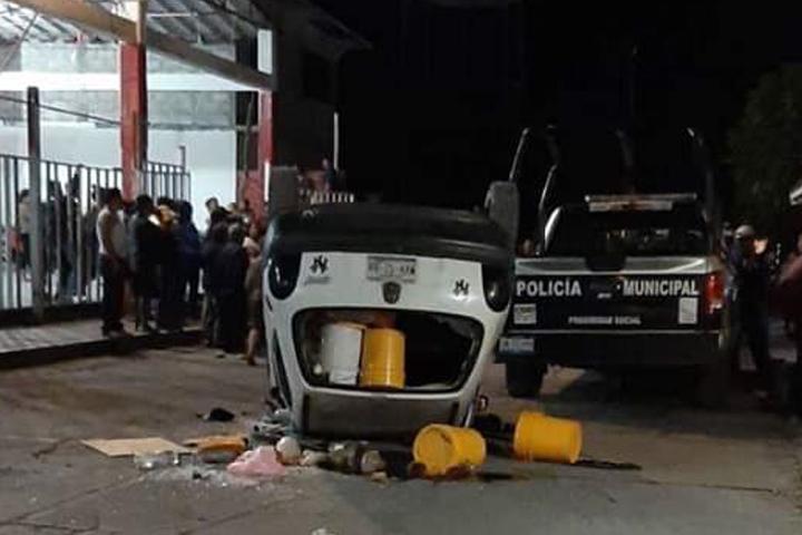 Intentan linchar a presuntos secuestradores en Chietla