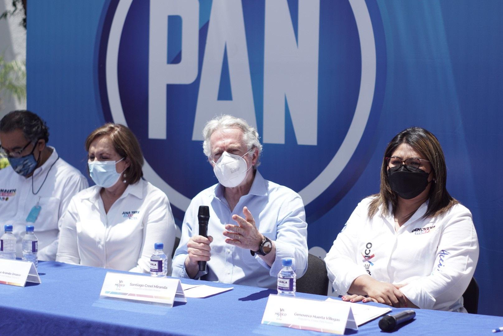 Desde Cholula, Santiago Creel llama a frenar gobierno de AMLO