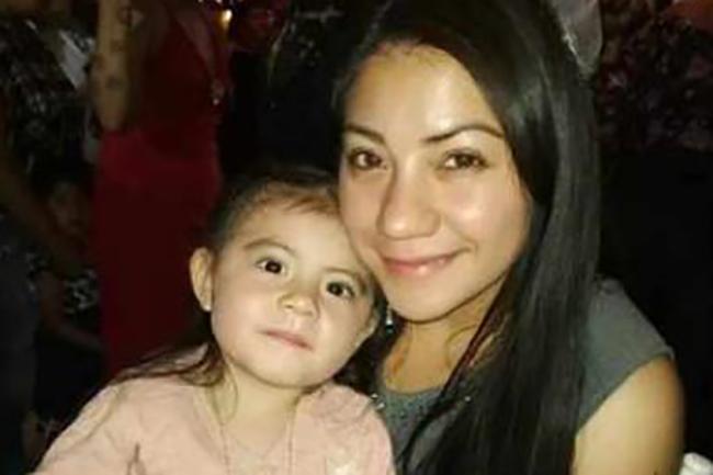 Madre e hija salen del Colegio Mundial y no regresaron a su casa en Puebla