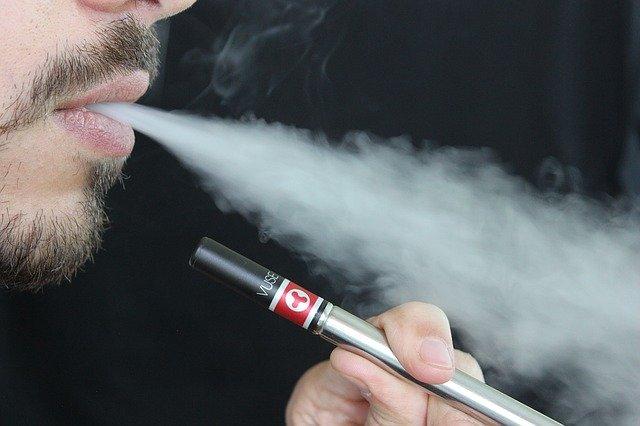 En México queda prohibida la importación de cigarros electrónicos