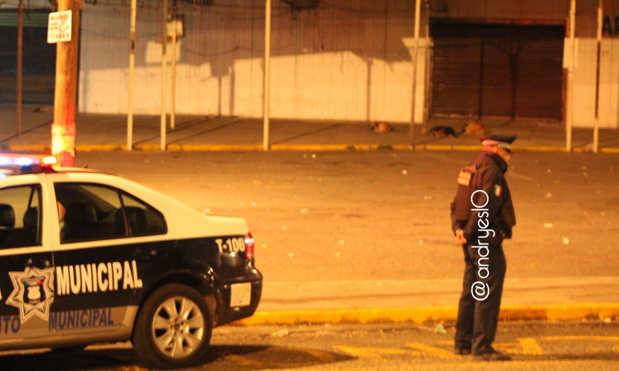 Asesinan a joven frente a su casa tras discusión en Los Cerritos