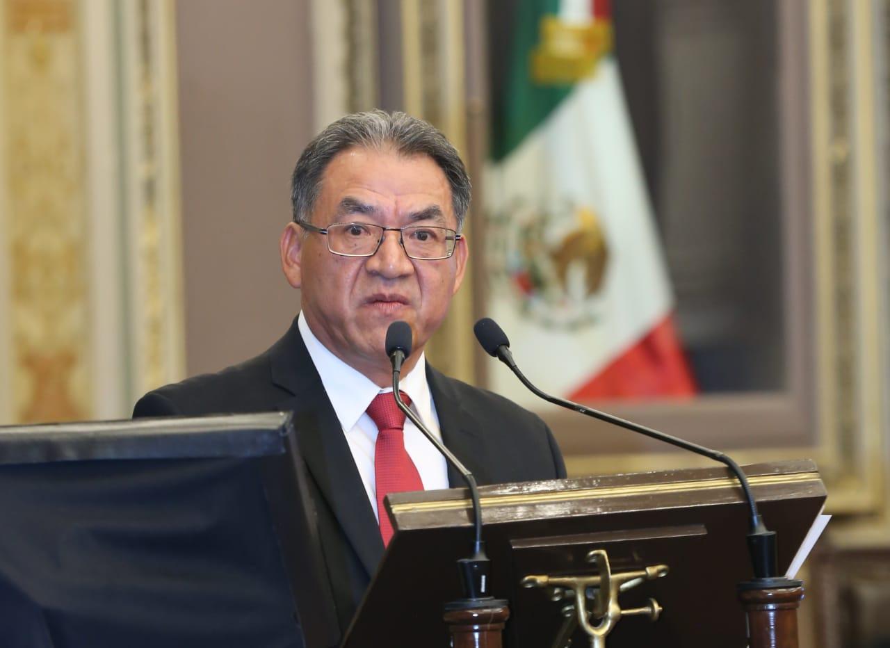 Quitarán a 31 escuelas 132 revoes entregados por Moreno Valle y Gali