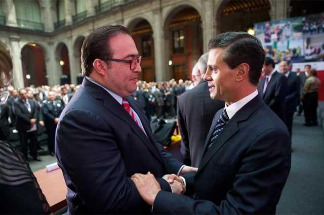 Ofrece Javier Duarte pruebas contra Peña Nieto