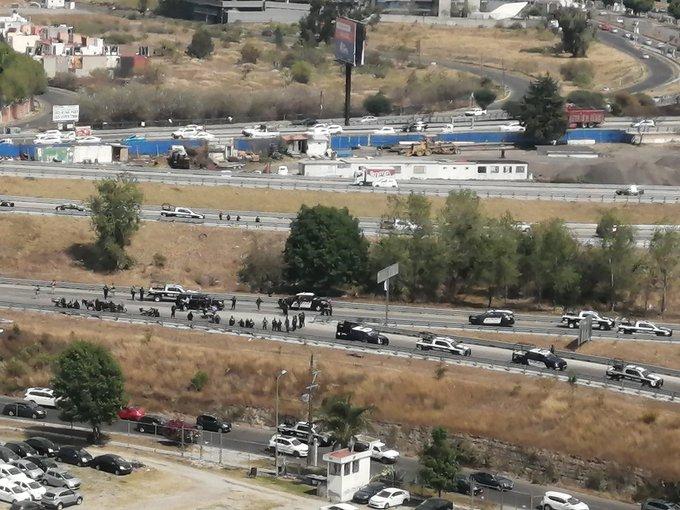 Reportan fuerte balacera en la Atlixcayotl entre guaruras y ministeriales