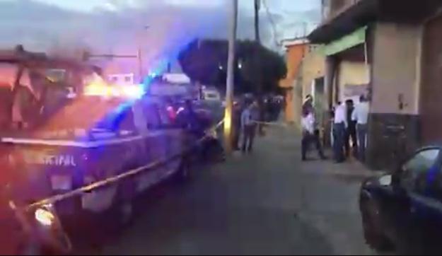 Hieren a 2 personas en asalto a dulcería La Esmeralda en Puebla