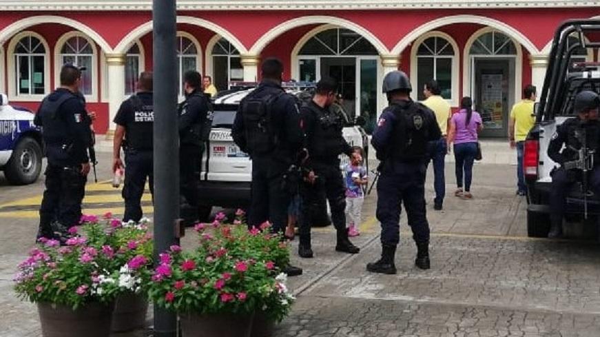 Investigan por moches a policías en Venustiano Carranza