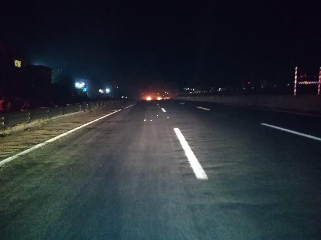 Falsos policías roban tractocamión en la Puebla-Orizaba