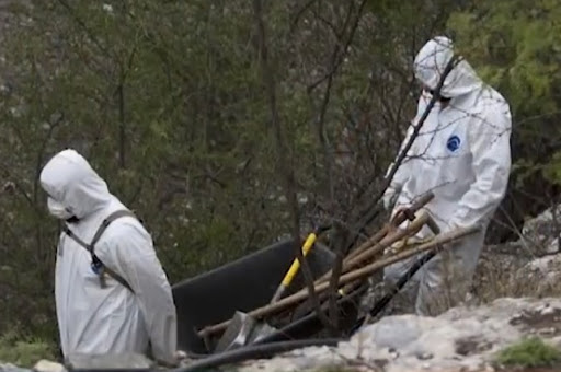 Encuentran a 19 hombres y 5 mujeres desmembrados en fosa clandestina