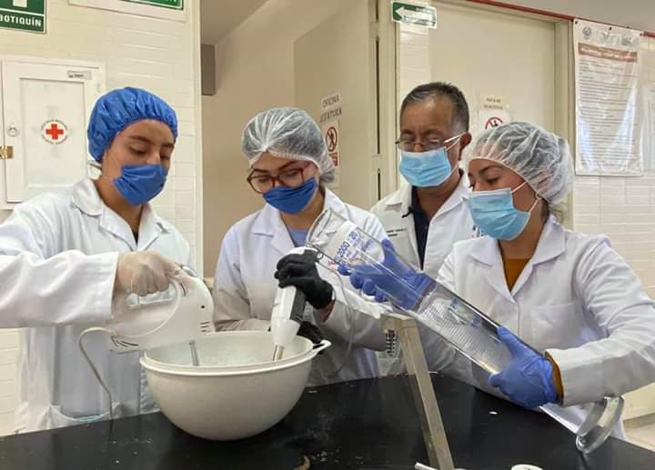 Fabrican estudiantes del Tecnológico de Tehuacán gel antibacterial