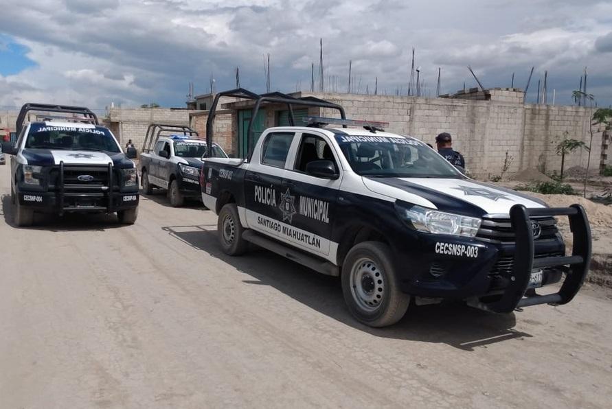 Albañiles encuentran cadáver al construir fosa en Miahuatlán