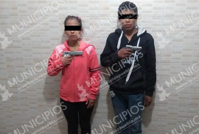 Vecinos trabajan por la policía, someten ladrones en Tecamachalco