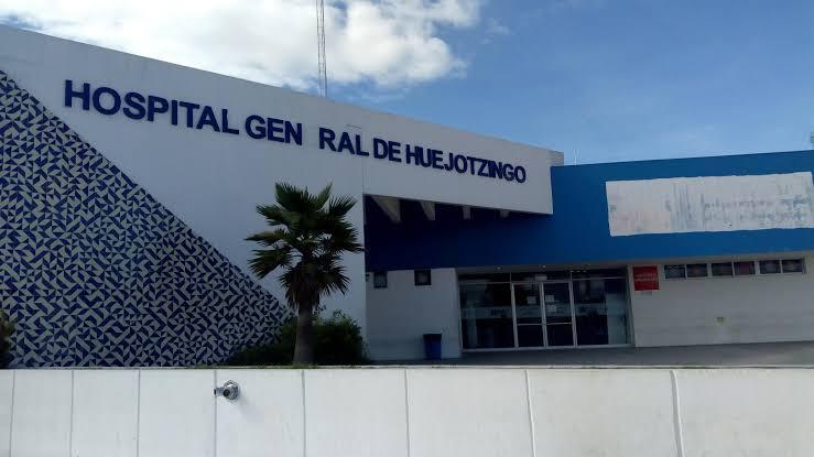 Piden trabajadores del Hospital de Huejotzingo insumos para combatir el Covid