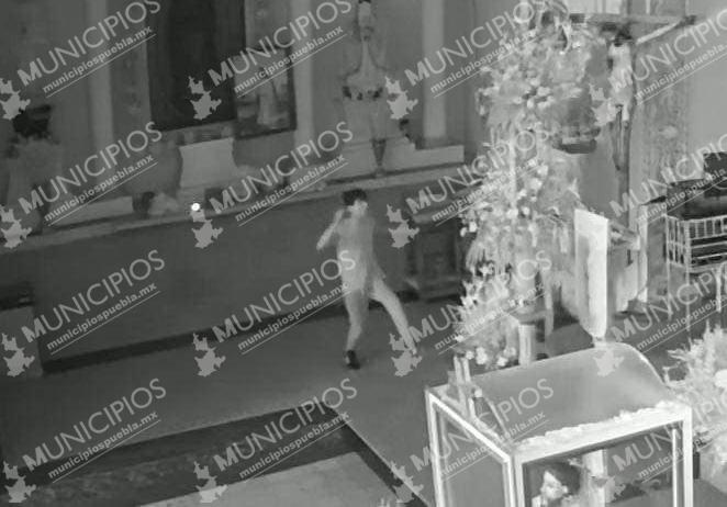 Ladrones roba alcancía de Iglesia en Tecamachalco