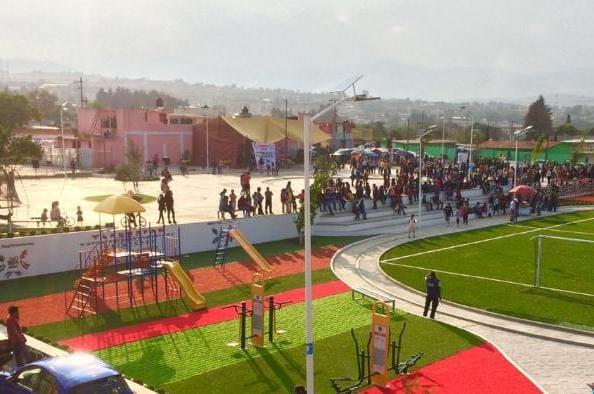 Pese a veda y Covid, edil inaugura obras en Tlahuapan