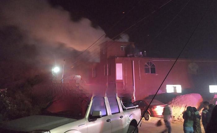 Incendio consume maquiladora en Xiutetelco