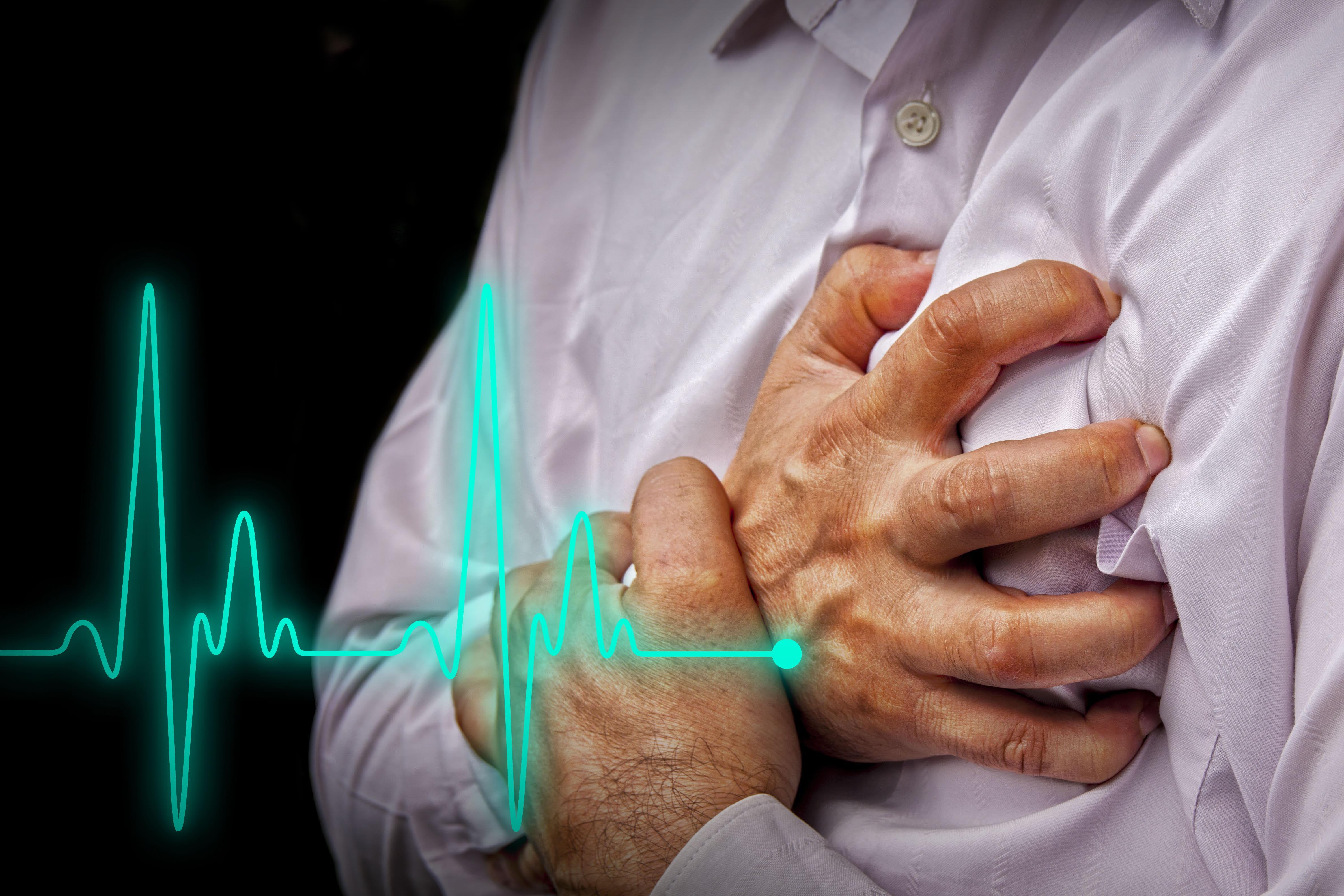 Muere abuelito por infarto fulminante en plena calle de Izúcar