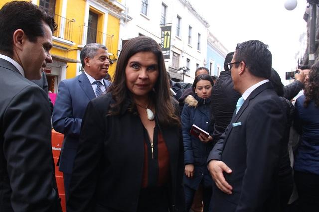 Norma Layón se lava las manos tras detención de director de Seguridad
