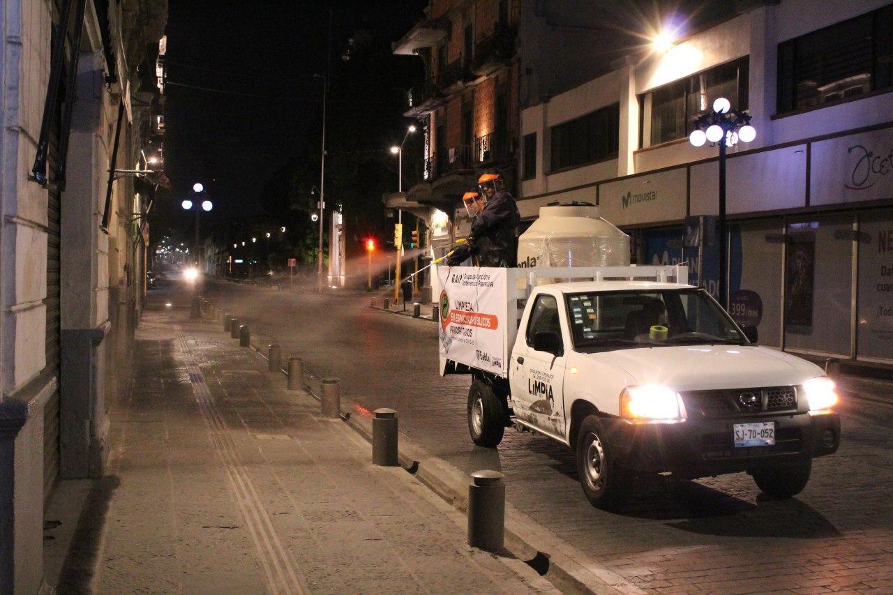 Ayuntamiento de Puebla inicia limpieza preventiva en espacios públicos