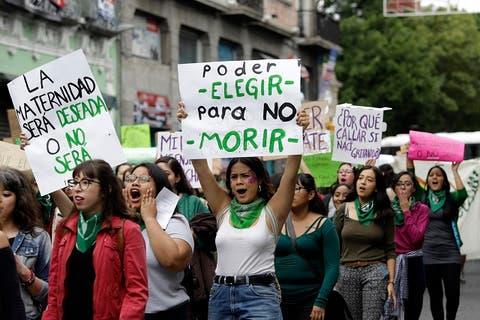 Hasta enero de 2021, discusión sobre aborto en Puebla: Biestro