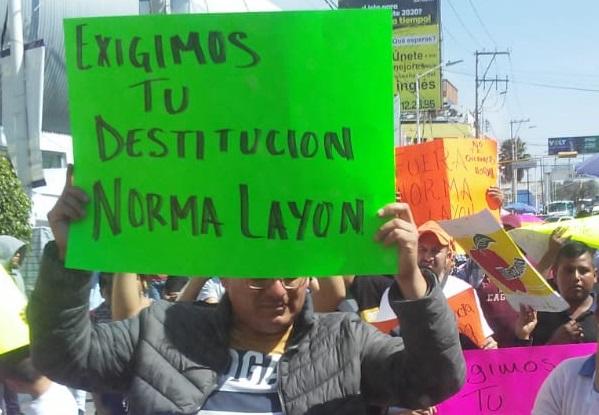 Marchan ambulantes para exigir destitución de Norma Layón