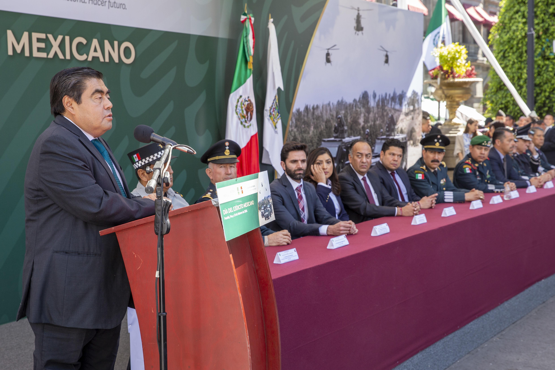 México tiene un ejército leal: Barbosa Huerta