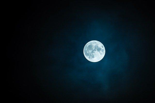 Estos días la luna tendrá conjunción con Marte, Júpiter y Saturno