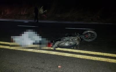 Muere motociclista tras ser embestido por auto en Tehuitzingo
