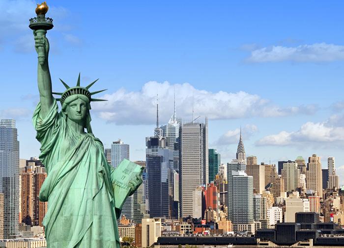 Nueva York registra 385 muertes por coronavirus: 100 en un día