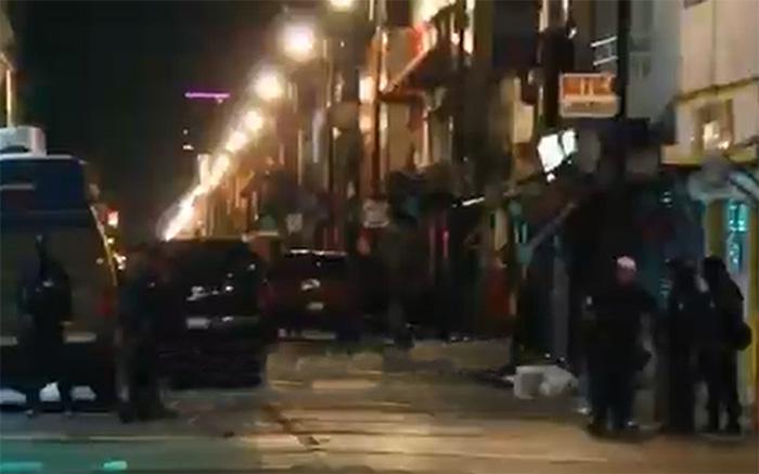 Fiscalía y SSP catean inmuebles y locales en el centro de Puebla