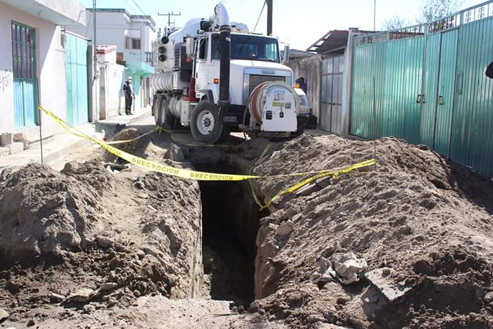 Inicia Mario de la Rosa trabajos de renovación en drenajes de Amozoc