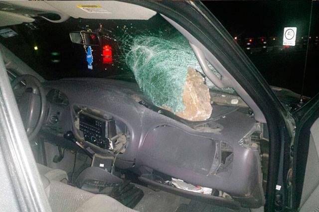 Revientan vidrios para asaltar autobús en la Teziutlán-Virreyes