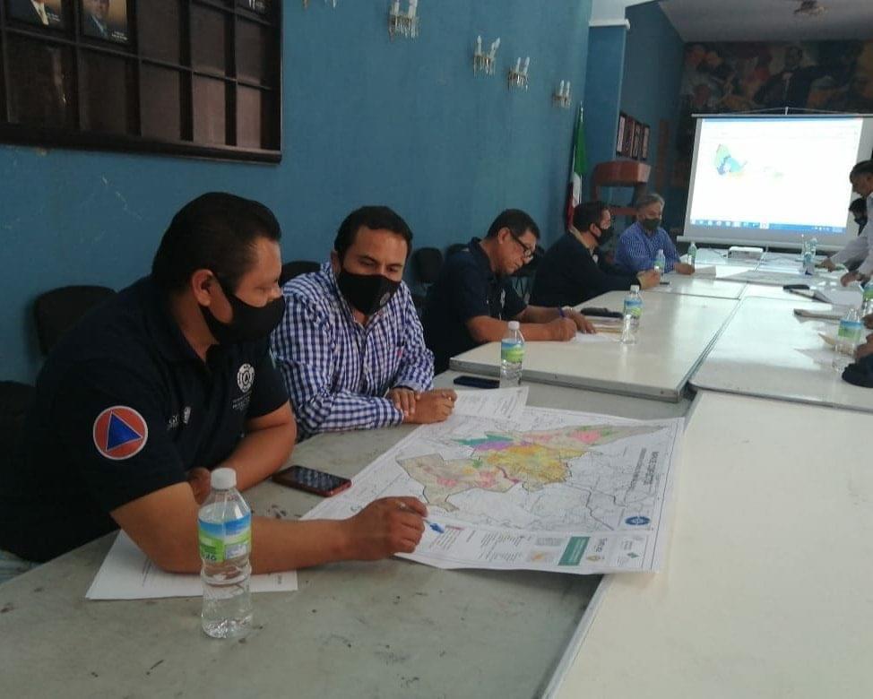 Regidores y colegios de arquitectos discuten plan municipal de Atlixco